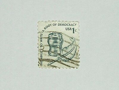 USA POSTAGE STAMP 1c 'THE ABILITY TO WRITE' – A ROOT OF DEMOCRACY SERIES c1977