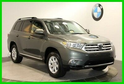 2013 Toyota Highlander Plus MOONROOF HEATED FRONT SEATS 2013 Toyota Highlander Green SUV Plus MOONROOF HEATED FRONT SEATS 4WD