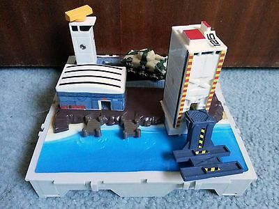 Micro Machines By Galoob Circa 1989 U.S Military Airport Tower Tank Toy Play Set