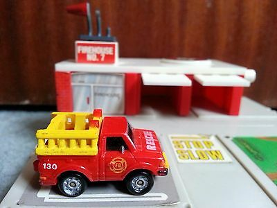 Micro Machines By Galoob Circa 1989 Fire Engine Station Rescue Van Toy Play Set