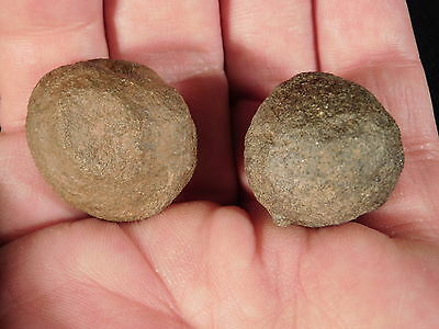 A Little Pair of Moqui Marbles or Shaman Stones from Southern Utah 33.7gr