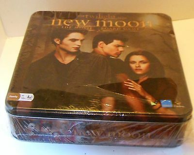 THE TWILIGHT SAGA NEW MOON THE MOVIE BOARD GAME IN WRAPPER Never Opened