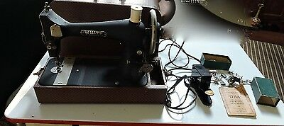 ANTIQUE WHITE SEWING MACHINE in CASE w ATTACHMENTS and MANUAL RUNS