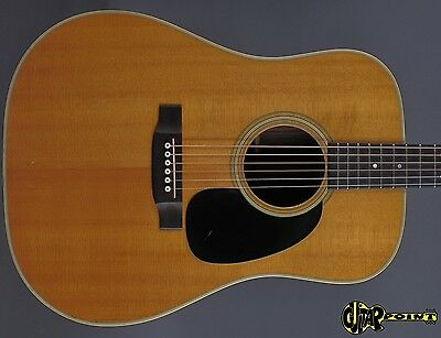 1971 Martin D-28 Dreadnought Guitar  - Natural Spruce Top - incl. orig. case !