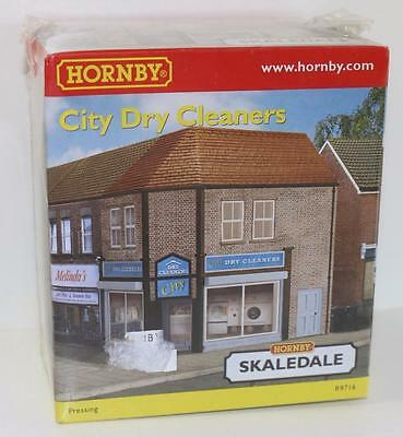 "OO 1:76 Hornby Skaledale City Dry Cleaners R9716 ""New""  FNQHobbys SK058"