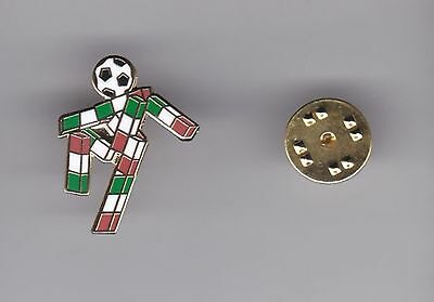 """""""Ciao"""" - WC Mascot Italia'90 - lapel badge butterfly fitting"""