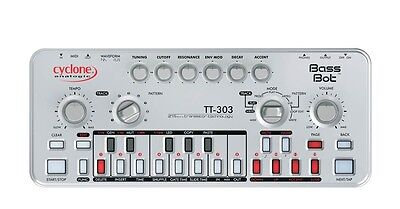 Cyclone Analogic TT303 TT-303 Bass Bot Bassbot V2 TB-303
