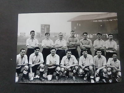 """ENGLAND TEAM inc Duncan Edwards at Chelsea    1950s    6""""x4"""" REPRINT POST FREE"""
