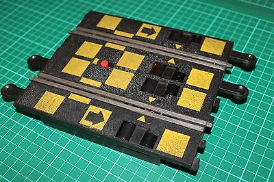 Scalextric Classic - C170 - Rolling Rev Start Track Section