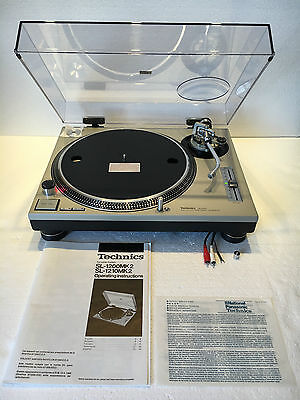Technics Sl 1200 Mk2 Turntable Deck Box,all Accesories, Mint Condition