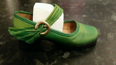 Just The Right Shoe Green Treads 25078