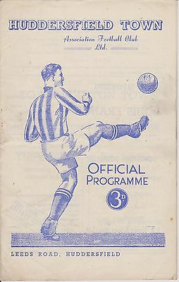 HUDDERSFIELD TOWN v LUTON TOWN 52-53 LEAGUE MATCH