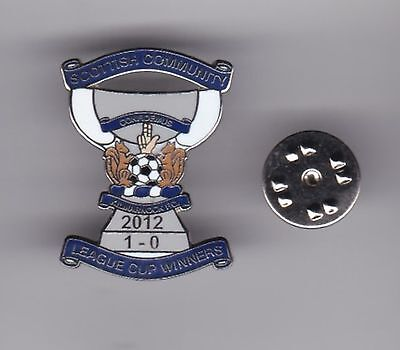 "Kilmarnock ""League Cup Winners 2102"" - lapel badge butterfly fitting"