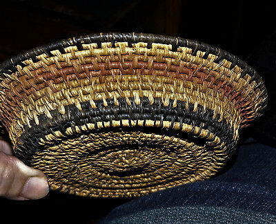 ANTIQUE NATIVE AMERICAN INDIAN small coil bowl dish VINTAGE HAND WOVEN BASKET