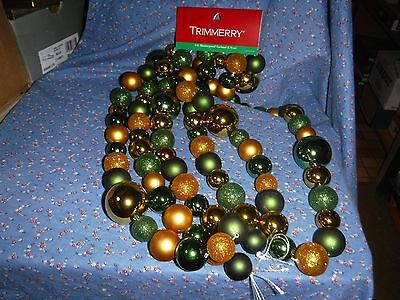 NWT Trimmery 9 ft. Shatterproof Garland  Green Gold Balls