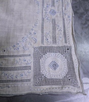 Beautiful Antique Fine Cotton & Ornately Embroidered Handkerchief Hanky