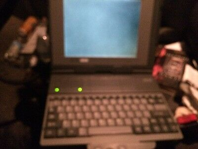 AST Power Exec 325 Sl Vintage Laptop