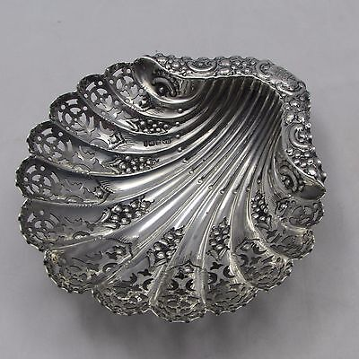 ANTIQUE SILVER PIERCED SHELL BUTTER DISH SHEFFIELD 1903 ATKIN BROTHERS 83 g