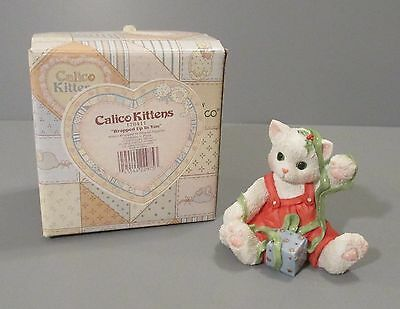 """1996 Enesco Calico Kitten """"Wrapped Up in You"""" Figurine #178411"""