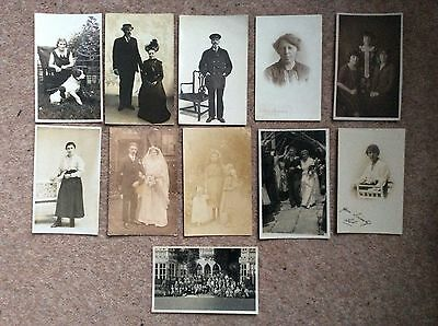 Lot 4 Collection of Vintage Postcards: People