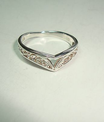 Sterling Silver 'V'-shaped Pierced Band Ring -  Size N 1/2