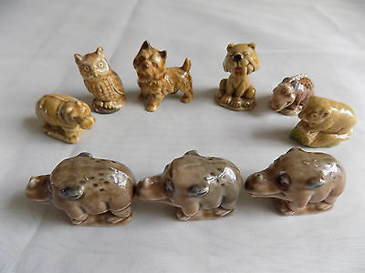 """Collection of 9 WADE WHIMSIES, including some 1965 """"Flintstones"""""""