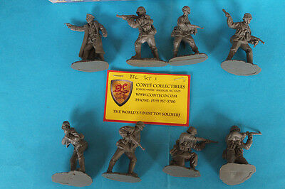 CONTE' COLLECTION - WWII GERMAN WAFFEN SS - 8 Plastic Figure  - rare Set limited