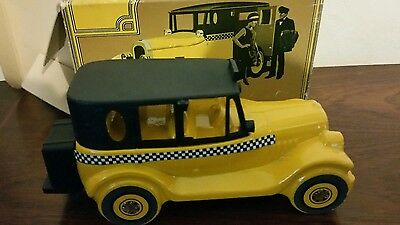 Vintage Avon After Shave Lotion Amber Bottle taxi still boxed