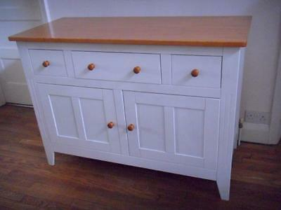 A Whitewashed Pine Top 2 Door 3 Drawer Sideboard Dresser Cupboard Cabinet Table