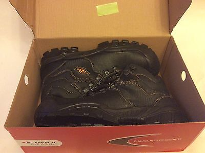 COFRA SAFETY BOOT  'NEW RENO UK S3 SRC'    new in box,  size 8 uk