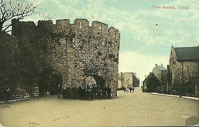 Tenby Five Arches Group Of Children By Arch C1910 Valentine Series Postcard