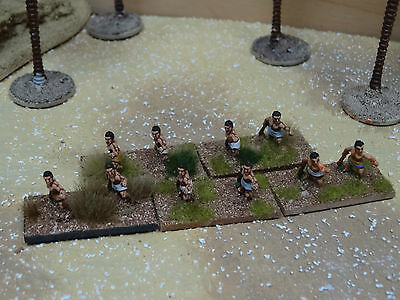 10 x excellently painted 15mm ancient Greek light infantry slingers (2)