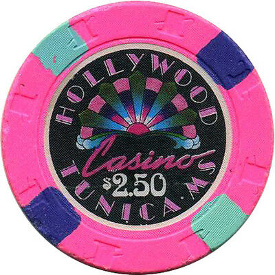 HOLLYWOOD $2.50 Casino Chip Tunica Mississippi USA #2 Pink text