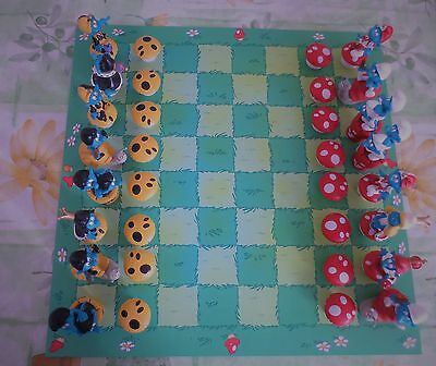 WOW Fantastic  smurf chess board game  PLASTOY 2009 quite uncommon  have a LOOK.