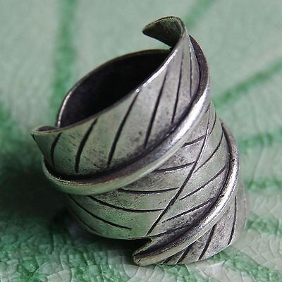 Leaf Charms Ring Pure Silver Thai Karen Hill Tribe  Size UK=O. Adjustable
