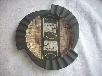 Ashtray Incised Ellis In Braemore Carstens Colours