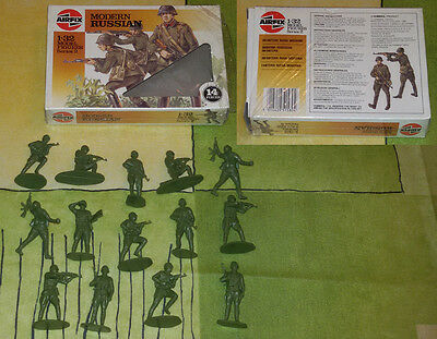 AIRFIX 1/32 - Modern Russian - RARE VINTAGE BOX 1980 COMPLETE 14 FIGURES