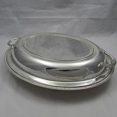 LOVELY SOLID SILVER ENTREE SERVING DISH MARTIN HALL & CO SHEFFIELD 1931 1090 g