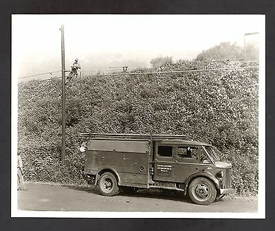 Electric & Telephone Line Construction Co., Phila, PA Vintage Truck Photo