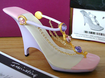 Just The Right Shoe - Fascinating