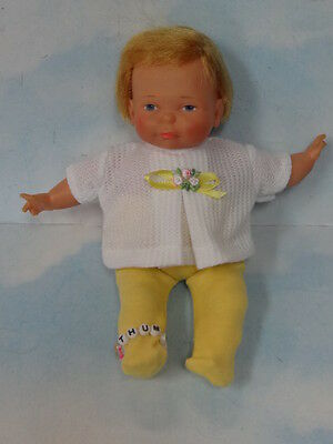 1967 Ideal Newborn Thumbelina Pullstring Doll w/ 2 PC Outfit & Bracelet  Works