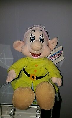 Disney Sitting Dopey Soft Toy Snow White & The 7 Dwarf