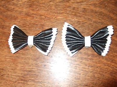 Pair of Clip on Shoe Bows Black / White  Leather