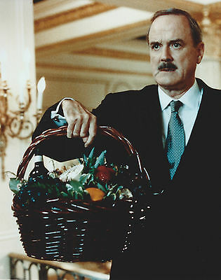 John Cleese 8 X 10 Photo With Ultra Pro Toploader