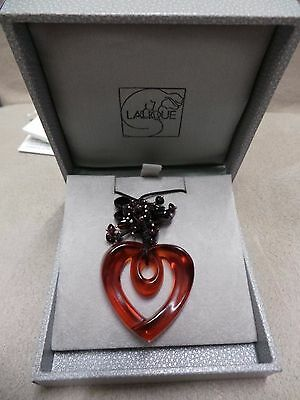 stunning lalique necklace/pendant in box