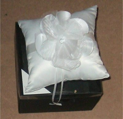 Ivory   Square  Shape  Boxed Ring Pillow / Flower Cushion For Wedding Ceremony