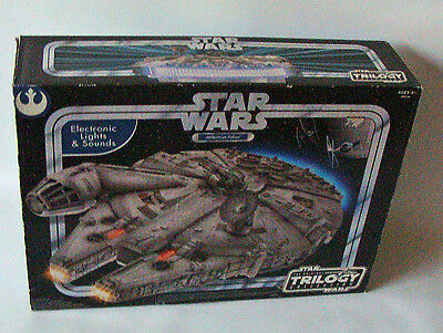 Star Wars Trilogy Collection - Millenium Falcon Hasbro 4+ - Neu