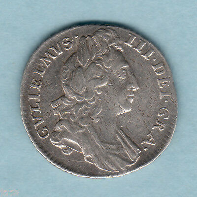 Great Britain. 1696  - William 111 Sixpence.. 1st Bust..  VF/aVF