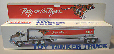 1992 Exxon Toy Tanker Truck-Lights & Sounds Work  *new* *mib* *fast Shipping*