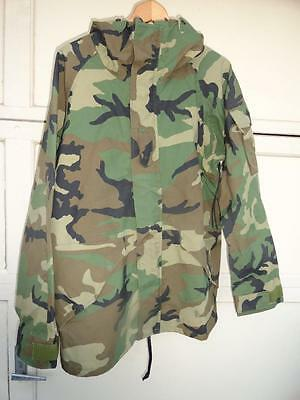 Parka Cold Weather Gore-Tex Woodland Camouflage Large-Regular Used $39.98